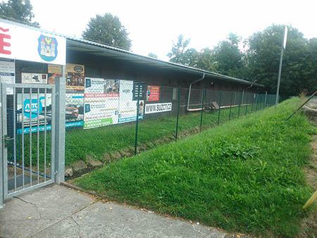 Pletivový plot, brána, branky